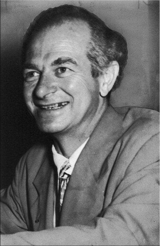 Лайнус Карл Полинг (англ. Lainus Carl Pauling) - 1954 г. (1901 - 1994)