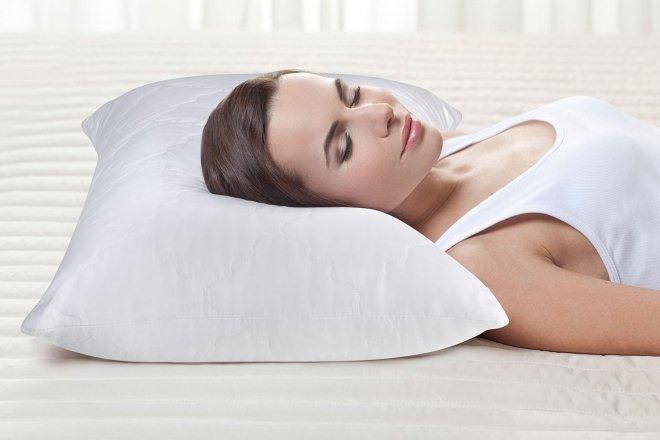 Плюсы и минусы анатомических подушек