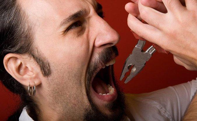 Самостоятельное удаление зуба